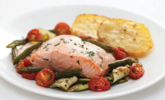 Baked Salmon with Crispy Potatoes