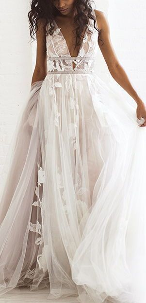 Lace & tulle gown