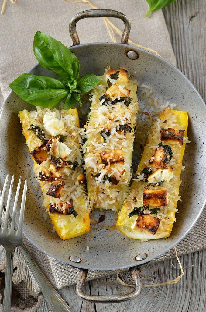 Courgettes farcies au riz et à la feta {au four} - Recette végétarienne