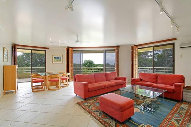 Byron Breeze 7 - 3 bedroom penthouse apartment near Clarkes Beach Byron Bay