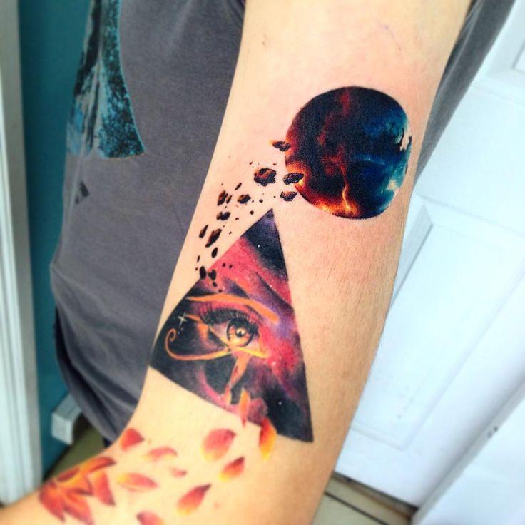 Ilumplanet _AB #tattoo #galaxy #tatuaje #planeta #galaxia #space #spacetattoo