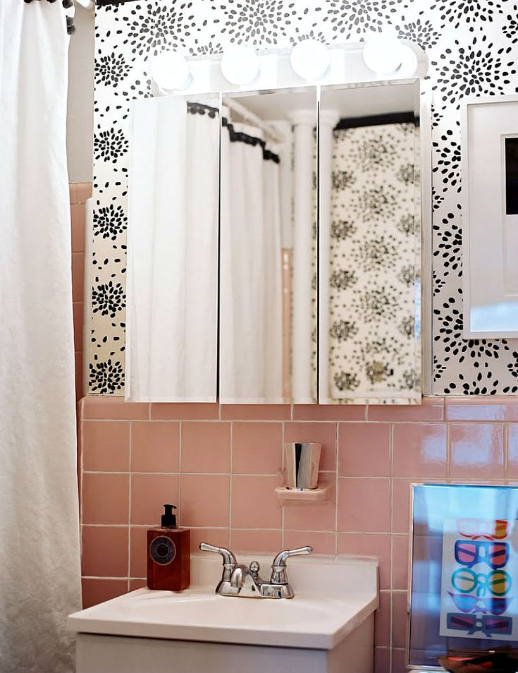 Retro Tile Bathroom