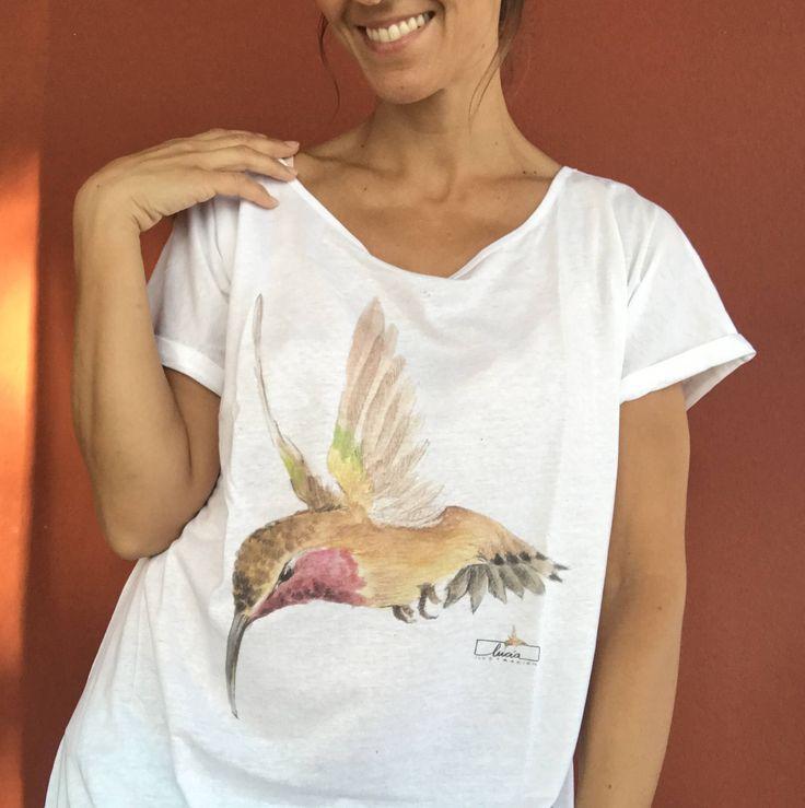 """Camiseta 100% algodón """"Colibrí"""" de luciaILUSTRACION en Etsy"""