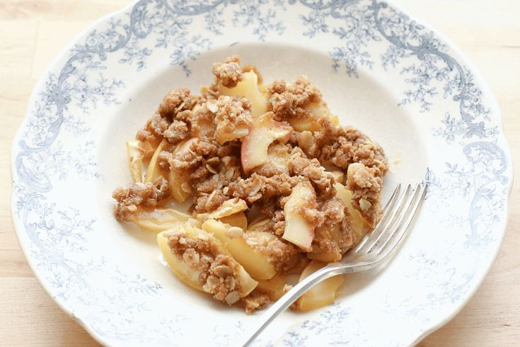 Old Fashioned Apple Crisp by Barefeet In The Kitchen (gluten free and traditional recipes)