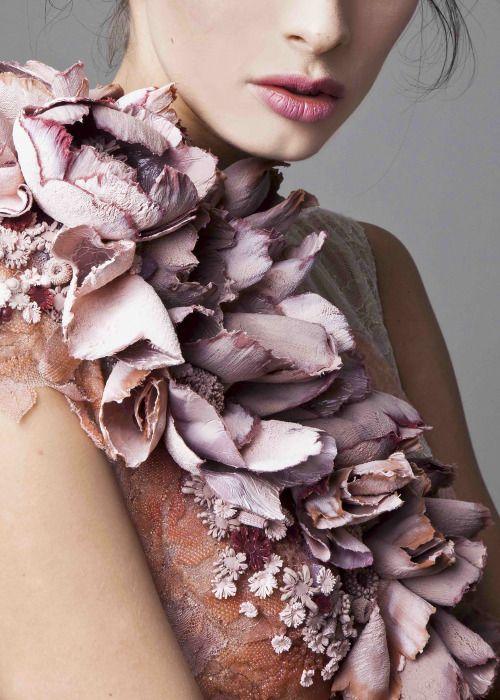 styleisviral:  Krikor Jabotian Couture Spring 2016 ~ details