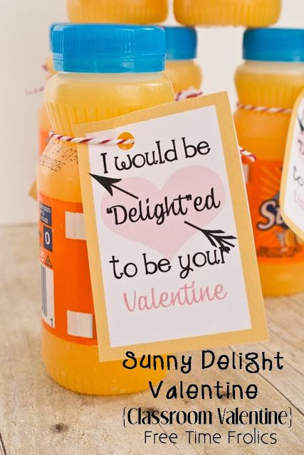 Free Time Frolics: I'd be Delighted to be your Valentine {Classroom Valentine} #valentine #printable Perfect for a classroom party or as a Unique classmate valentine.