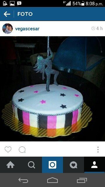 Torta pole dance