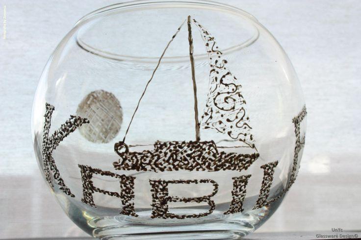 Portavelas con velero personalizado y con su nombre. Más info: www.unycgd.wordpress.com y unycgd@gmail.com
