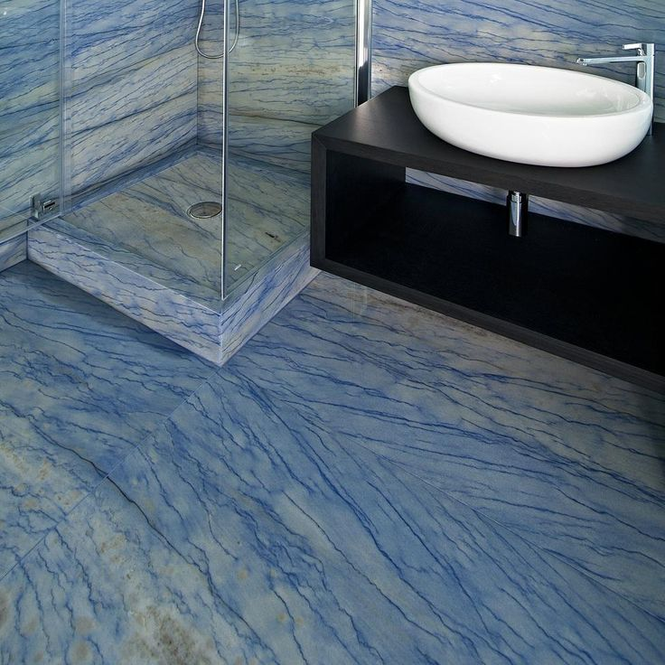Blue is so calming and relaxing, perfect for the bathroom