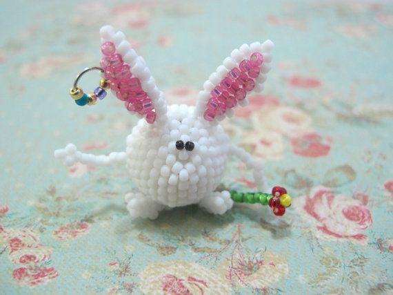 Easter Beaded Bunny, Easter rabbit, Easter decoration, Easter Gift, beaded pendant, 3D, figurine, spring decor, accessory, white, mini