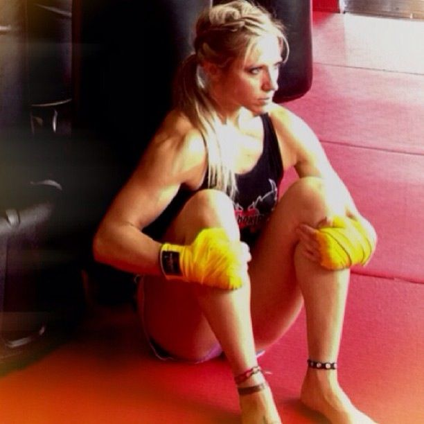 I love kickboxing Amber | Sexy Muscle Women | Pinterest ...