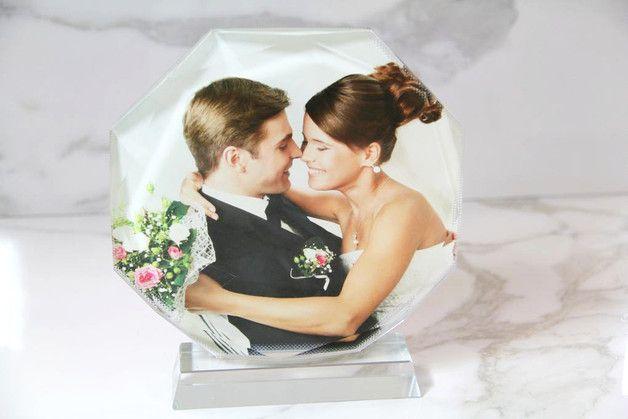 Besondere Momente und Emotionen werden mit diesem schönen Glasbild für die Ewigkeit festgehalten. Schenke deinen Freunden und deiner Familie dieses tolle Highlight für die Wohnung oder den...