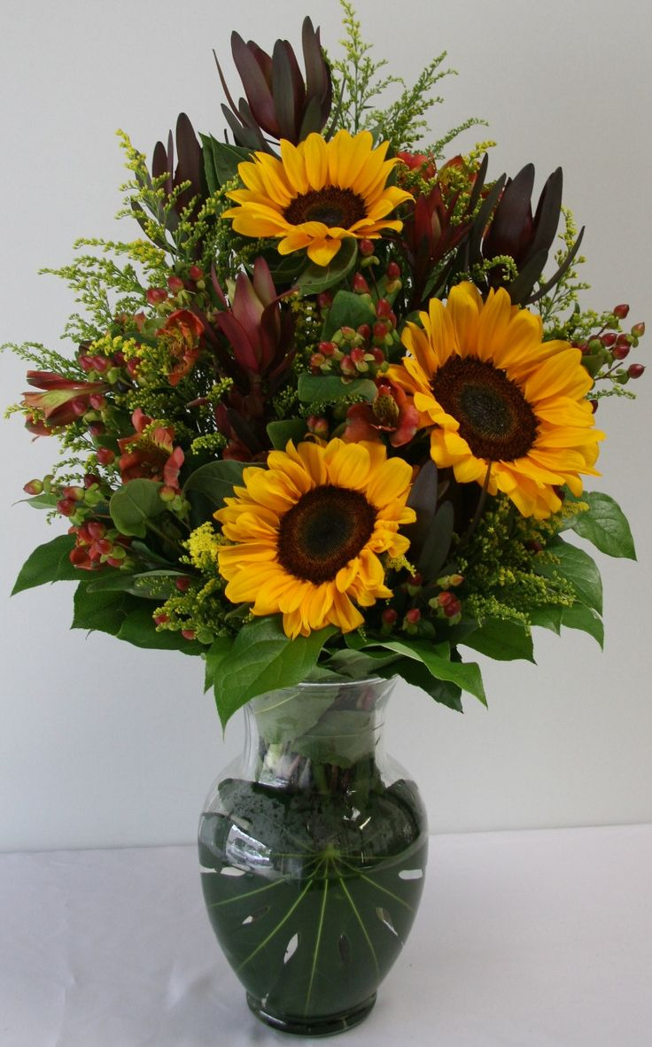Thanksgiving flowers fall decorations autumn arrangement