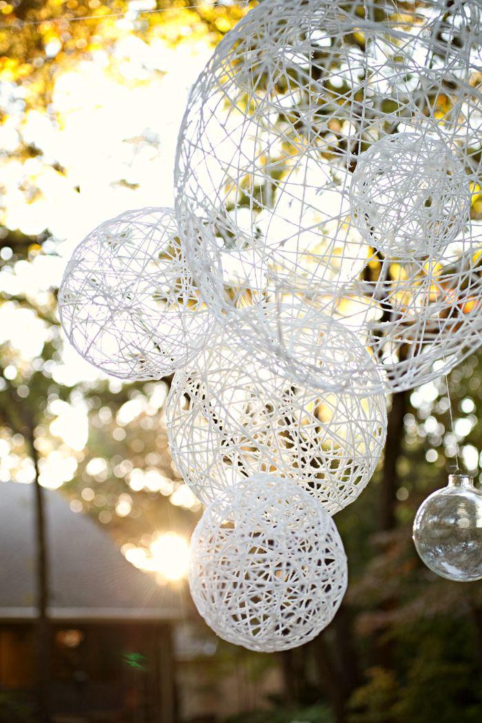 刺繍糸でボール作り。おしゃれなランプシェードやガーランドに | iemo[イエモ]