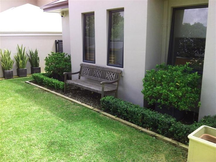 Mitch's Gardening is an all inclusive gardening company that offers specialty commercial gardening services to residential and business premises. The company focuses on providing its clients with quality services that include designing, development and maintenance of both small and large gardens. #Garden-Maintenance-Perth