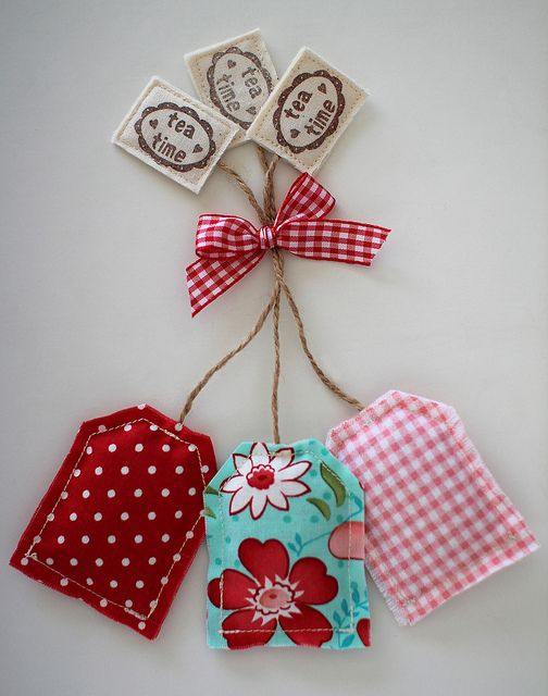 Teabag Lavender Sachets by PatchworkPottery, via Flickr