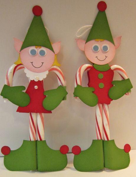 Bastones de navidad + fomi + pegante de silicona = Elfos navideos. #ManualidadesNavidad