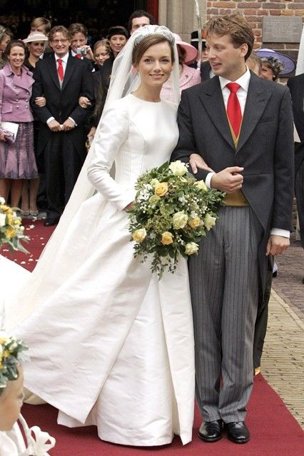 Vogue:  OCTOBER 2005 – Prince Floris van Orange-Nassau, van Vollenhoven marries Aimée Sôhngen at the Grote Kerk in Naarden in the Netherlands. Photo By PA Photos