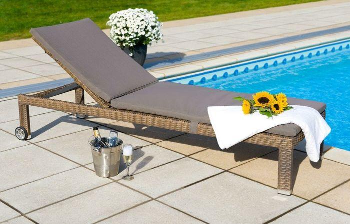 Liegestuhl design  liegestuhl garten funktionales design gartenauflage schwimmbad ...