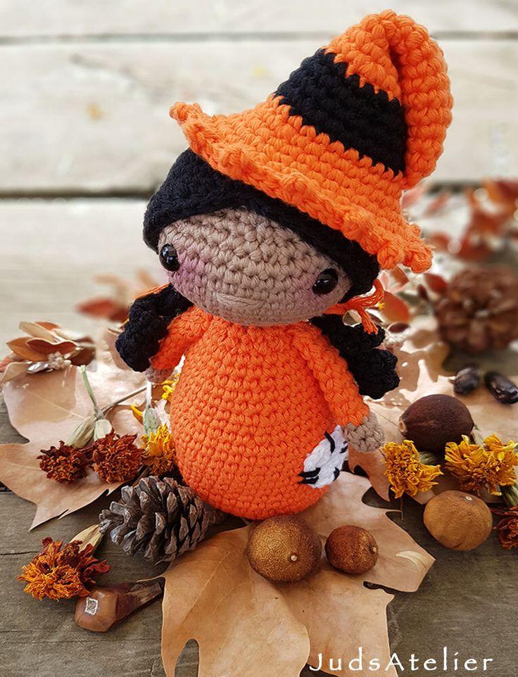 Quiero compartir lo último que he añadido a mi tienda de #etsy: Patrón crochet - bruja - amigurumi - Halloween - ganchillo - magia - muñeca - Descarga Instantánea en PDF #ganchillo #halloween #brujaamigurumi #bruja #muneca #amigurumi #patrondecrochet