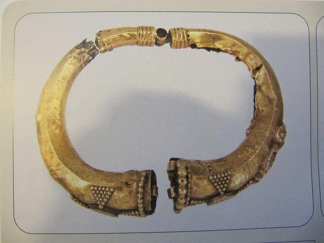 (Kiev) The Museum of Historical Treasures of Ukraine. Kievan Gold Bracelet. ca 6th-7th century CE.