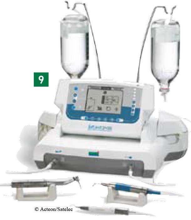 Découverts en 1883 par le physiologiste anglais Françis Galton, les ultrasons ont largement investi le cabinet dentaire dans 2 domaines : le détartrage et le nettoyage (cuves à ultrasons). Aujourd'hui, ils investissent aussi la chirurgie, avec des appareils spécifiques de piézo-chirurgie