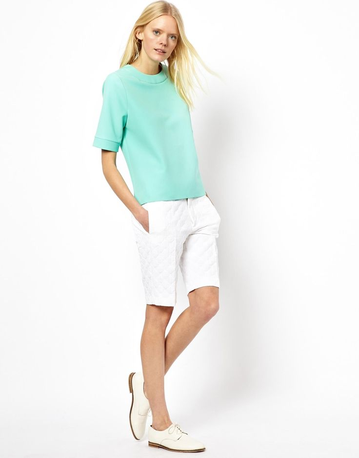 夏のカジュアルスタイル。素敵な40代の着こなし術♡アラフォー キュロットおすすめコーデ参考です。