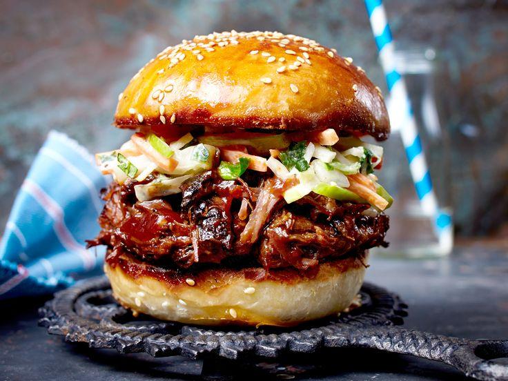 Burger - Rezept-Ideen für echte Luxus-Brötchen - pulled-beef-burger Rezept