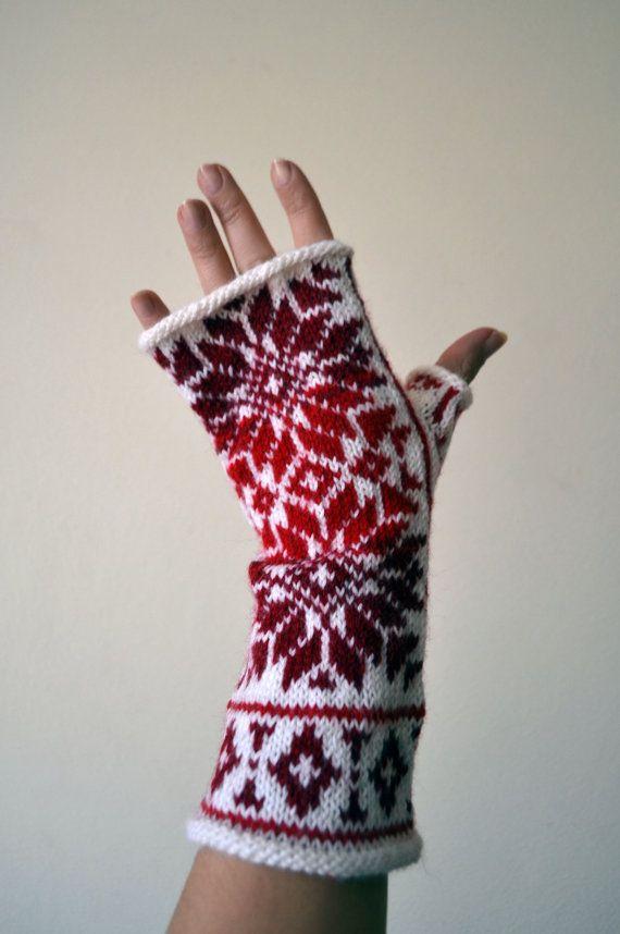 Nordic Fingerless Gloves  Wool White Red Fingerless by lyralyra