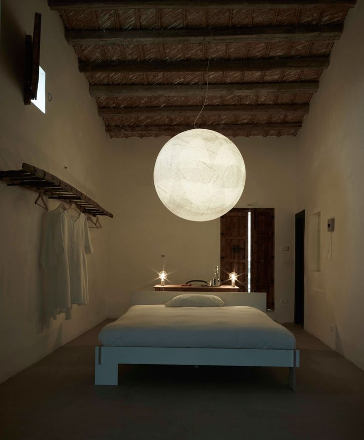 DAVIDE GROPPI MOON 120 Moon is a unique and beautiful lamp with a warm and soft light. Every lamp is hand made which makes each lamp special. The Moon lamp is perfect for retail shops, restaurants, hotels and private residences etc.The lamp is made from original rice paper.Available in 3 standard sizes ; ø60 - ø80 - ø120 cm. Asco Lights offers lighting design services for both residential and commercial projects. www.asco-lifestyle.co.uk