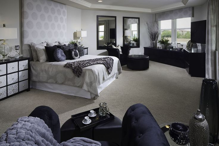 Silver And Black Luxurious Bedroom At Salerno Estates
