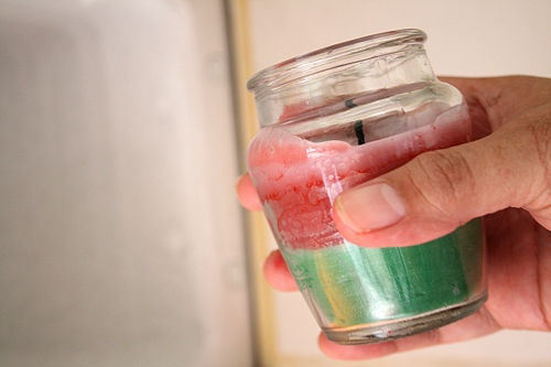 How to Get Wax out of a Jar Candle: 3 Methods