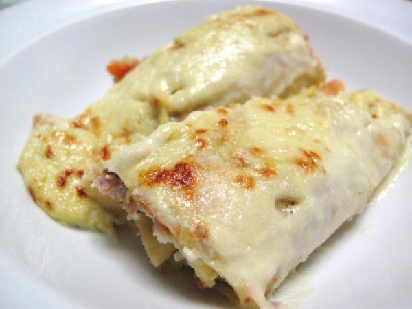Ricetta Cannelloni di crepes alle verdure e pollo con vellutata di porri, da Nick19 - Petitchef
