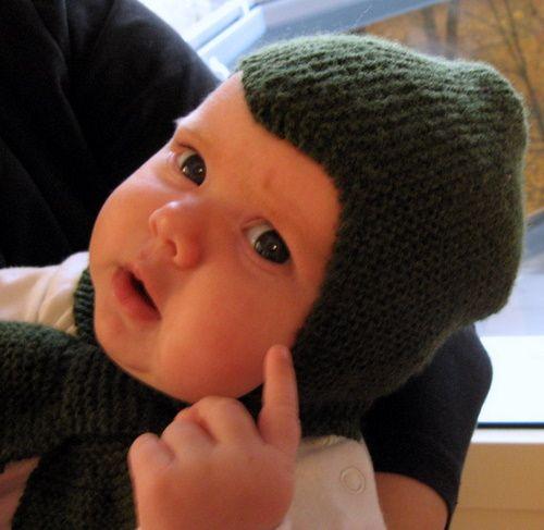 Siksakmyssy kypärämyssy vauvalle Nalle-lankaa