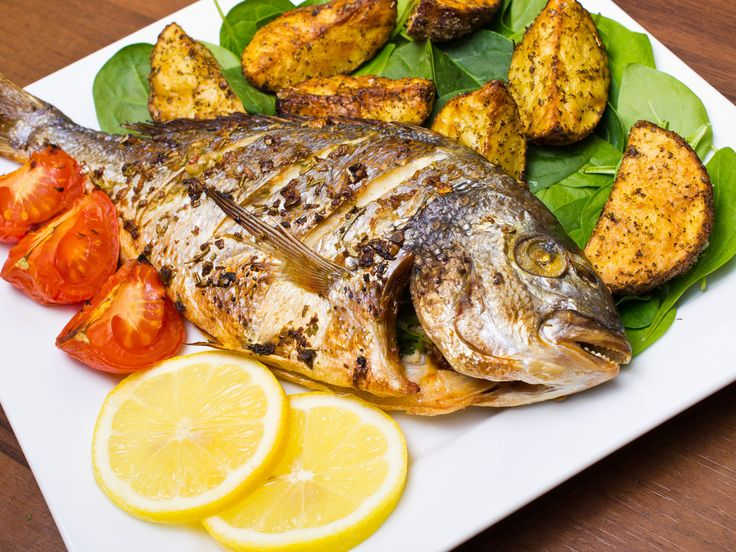 #Seabream with #Vernaccia  Ingredients for 4 people: 2 sea bream 600 / 800gr, extra virgin olive oil as needed, Salt as needed, 1/2 liter Vernaccia wine from Oristano, Here you find the #recipe! https://www.facebook.com/lantanaresort/photos/a.240387805973260.72593.196801240331917/1231314726880558/?type=3