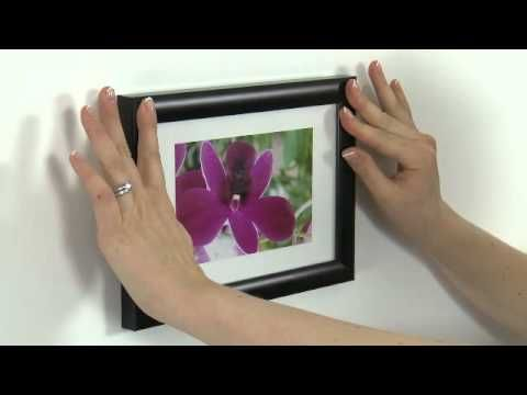 Hanging pictures in an RV.  How to use Command™ Picture Hanging Strips