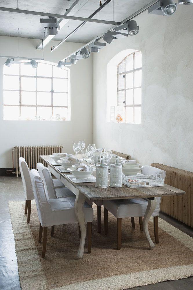 Driftwood Dining Table. Bordet kan forlenges fra 180 cm til 280 cm!