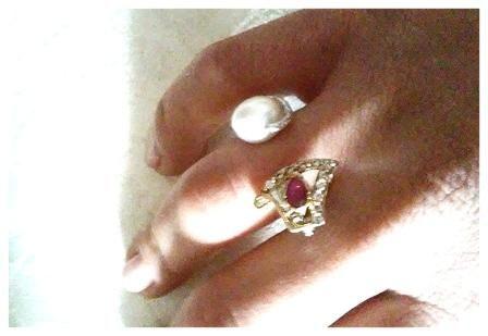 anello in oro visita il sito www.aiardodesign.com