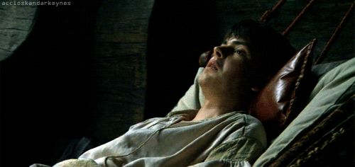 Request Status: Closed, Skandar Keynes Gifs