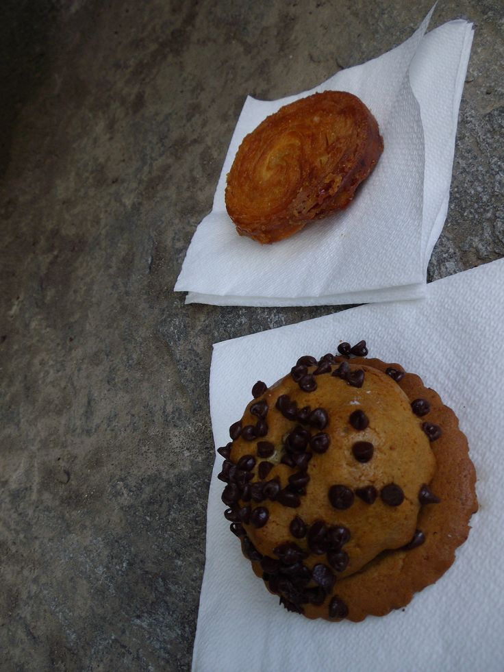 Delicious pastries of Bretagne.  The one on the left is a Crocolat, which is like a muffin top, filled with apples, on a golden cookie.  And the one on the right is a Kouing-Amman which is like if they mixed a crepe and a crescent together then caramelized it in sugar... SO DELICIOUS!