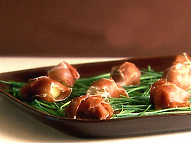 1000 ideas about prosciutto melon on pinterest gourmet for Prosciutto and melon canape