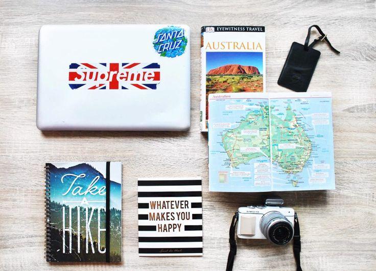 Working Holiday Visum | Work & Travel in Australien selber planen. Travel Essentials Australia WHV, Take a hike, Typo, Travel Quotes, Wanderlust Quotes, Reiseführer Australien