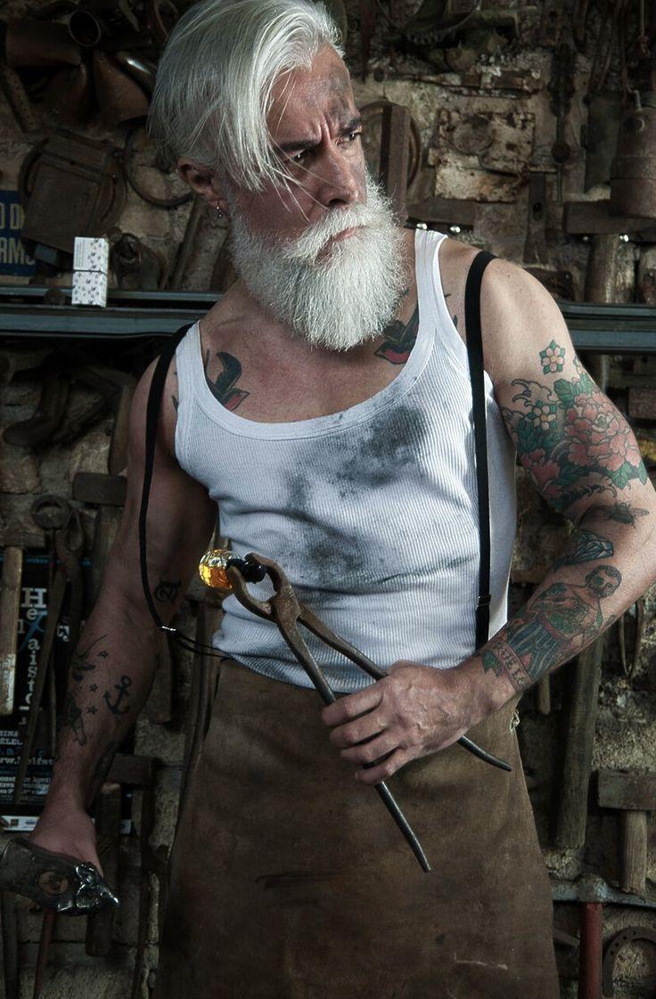 """Olio per barba Solomons Beard Alessandro Manfredini """" limited edition!   Fotografia di: Alessandro Anemona"""