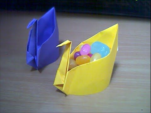 水鳥の菓子箱 The candy box of a waterfowl - YouTube