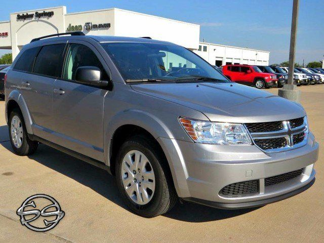 2017 Dodge Journey SE. Room for Everyone!