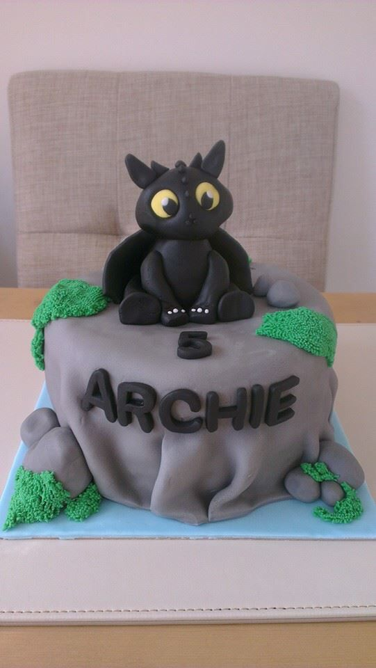My 'How to train your Dragon' cake!