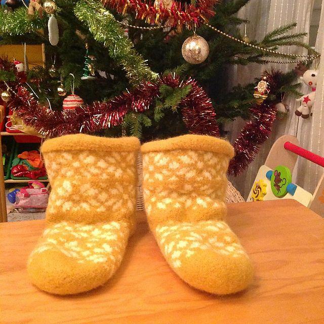 felted slippers, double knitting by Les Boutiqueuses (chaussons feutrés en tricot double)