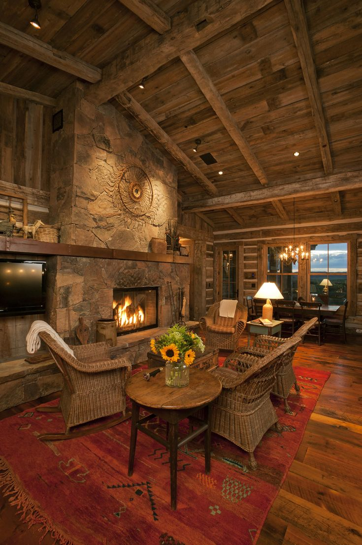 I Want This Living Room Home On The Rangedesigning For The Western Lifestyle Interior Rustic Western Interior Design