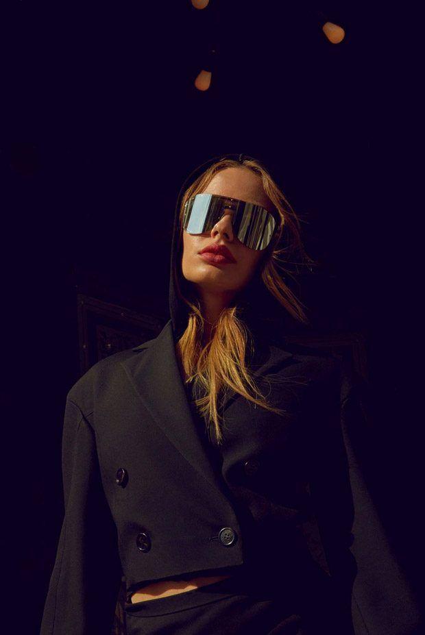 edbfacbe268 Sonya Esman Models Versace Summer 2017  Frenergy Sunglasses ...