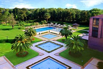 When one pool is not enough #luxury #beauty #explore     Experience Argentina here: http://goo.gl/P6hKTQ